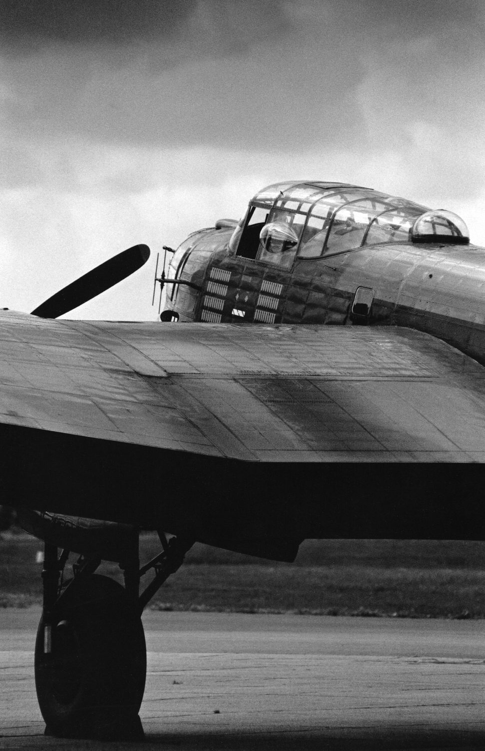 Black and white photo of an Avro Lancaster at Duxford