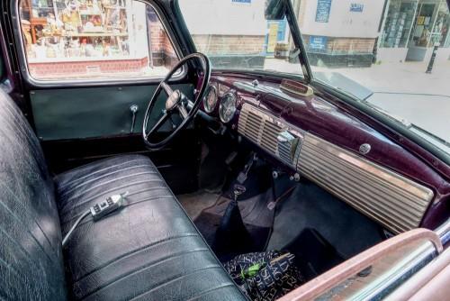 Chevrolet 3100 dashboard